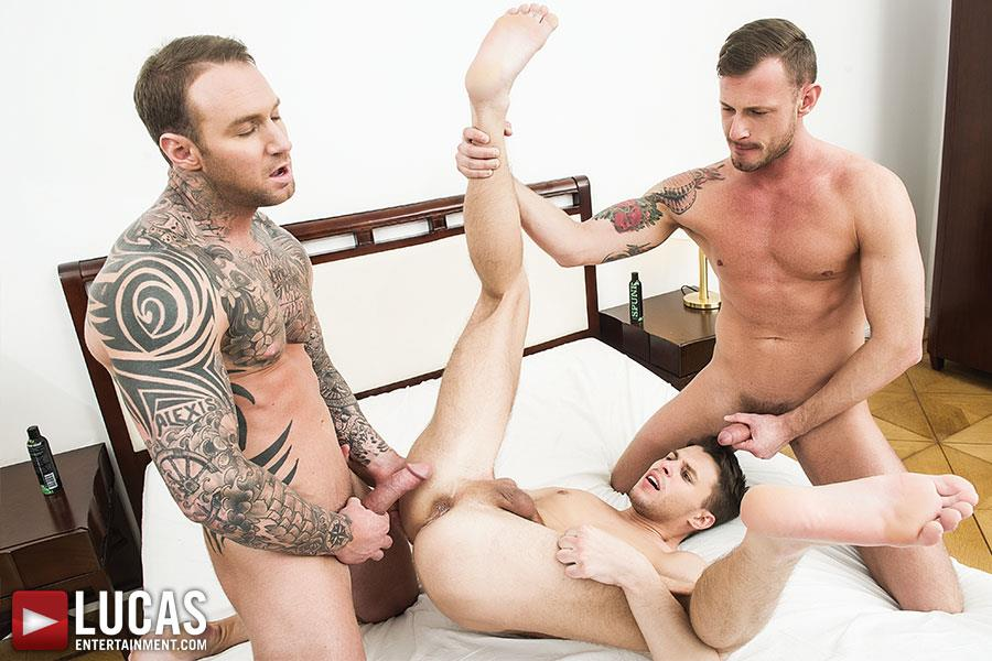 Lucas-Entertainment-Dylan-James-and-Logan-Rogue-and-Dmitry-Osten-Bareback-Threeway-Amateur-Gay-Porn-09 Dmitry Osten Takes A Raw Load In The Mouth And Ass