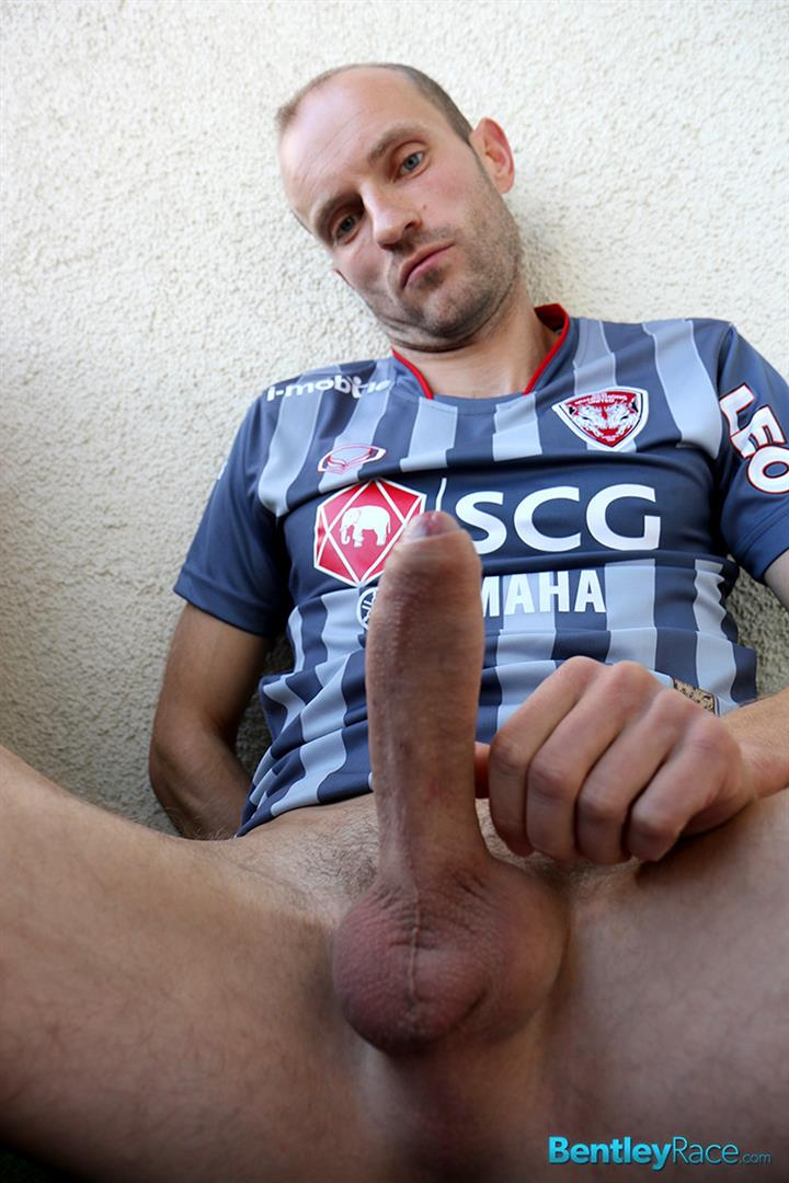 Bentley-Race-Dave-Neubert-German-Guy-With-A-Big-Uncut-Cock-Gets-Fucked-Big-Uncut-Cock-Amateur-Gay-Porn-08 Hung German Auditions For Gay Porn and Ends Up Getting Fucked In The Ass